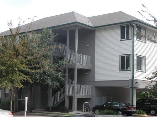 College Park Apartments Building 6
